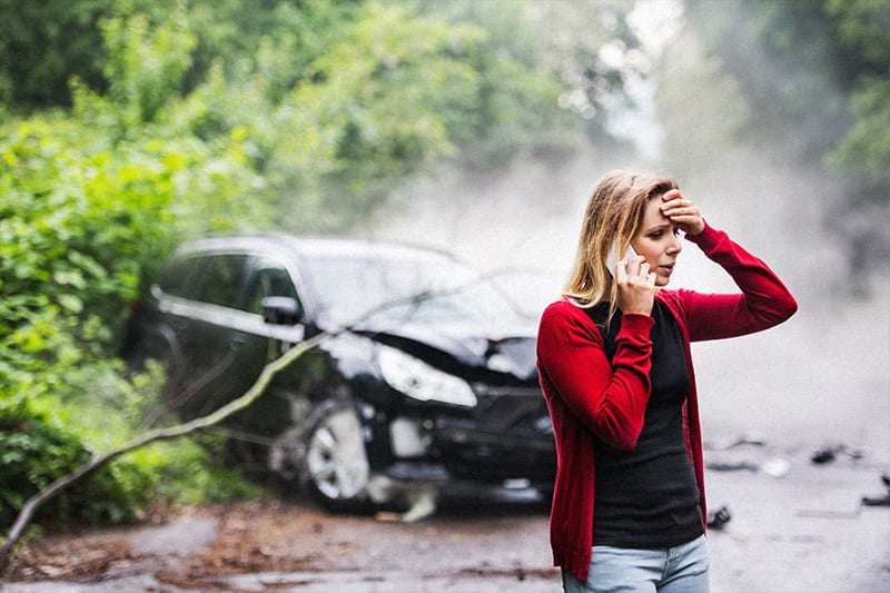 Should I Settle My Car Wreck Case Without A Lawyer?